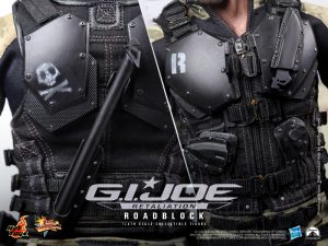 Hot_Toys_-_G.I._Joe_Retaliation_-_Roadblock_Collectible_Figure_PR13