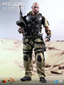 Hot_Toys_-_G.I._Joe_Retaliation_-_Roadblock_Collectible_Figure_PR3