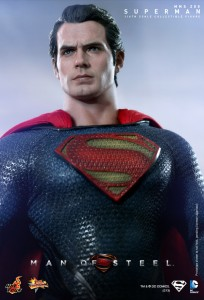 Hot_Toys_-_Man_of_Steel_-_Superman_Collectible_Figure_PR13
