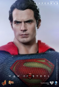 Hot_Toys_-_Man_of_Steel_-_Superman_Collectible_Figure_PR14