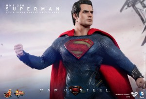 Hot_Toys_-_Man_of_Steel_-_Superman_Collectible_Figure_PR9