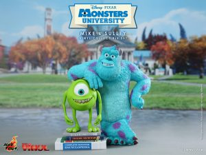 Monsters_University_-_Mike_&_Sulley_Vinyl_Collectible_Set_PR