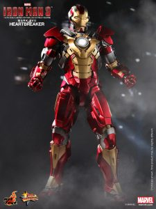 Hot_Toys_-_Iron_Man_3_-_Heartbreaker_(Mark_XVII)_Limited_Edition_Collectible_Figurine_PR4