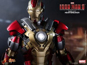 Hot_Toys_-_Iron_Man_3_-_Heartbreaker_(Mark_XVII)_Limited_Edition_Collectible_Figurine_PR7