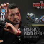 Hot_Toys_-_Iron_Man_3_-_Tony_Stark_(The_Mechanic)_Collectible_Figurine_PR17_(SPECIAL_EDITION)