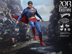 Hot_Toys_-_Superman_III_-_Superman_(Evil_Version)_Collectible_Figure_PR10