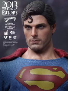Hot_Toys_-_Superman_III_-_Superman_(Evil_Version)_Collectible_Figure_PR13
