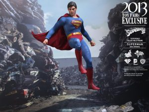Hot_Toys_-_Superman_III_-_Superman_(Evil_Version)_Collectible_Figure_PR9