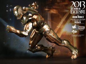Hot_Toys_-_Iron_Man_3_-_Midas_Collectible_Figure_PR12