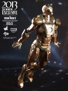 Hot_Toys_-_Iron_Man_3_-_Midas_Collectible_Figure_PR4