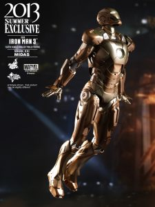 Hot_Toys_-_Iron_Man_3_-_Midas_Collectible_Figure_PR5