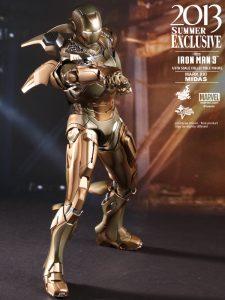 Hot_Toys_-_Iron_Man_3_-_Midas_Collectible_Figure_PR8