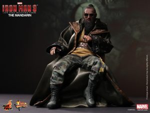 Hot_Toys_-_Iron_Man_3_-_The_Mandarin_Collectible_Figure_PR1