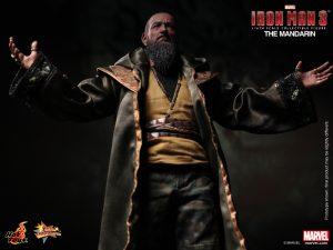 Hot_Toys_-_Iron_Man_3_-_The_Mandarin_Collectible_Figure_PR6