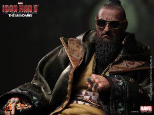 Hot_Toys_-_Iron_Man_3_-_The_Mandarin_Collectible_Figure_PR9