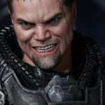 Hot_Toys_-_Man_of_Steel_-_General_Zod_Collectible_Figure_PR14