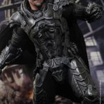Hot_Toys_-_Man_of_Steel_-_General_Zod_Collectible_Figure_PR6