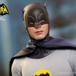 Hot_Toys_-_Batman_(1966)_-_Batman_Collectible_Figure_PR11
