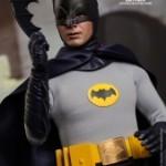 Hot_Toys_-_Batman_(1966)_-_Batman_Collectible_Figure_PR4
