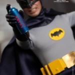 Hot_Toys_-_Batman_(1966)_-_Batman_Collectible_Figure_PR5