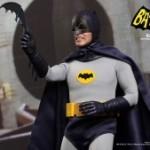 Hot_Toys_-_Batman_(1966)_-_Batman_Collectible_Figure_PR8