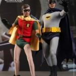 Hot_Toys_-_Batman_(1966)_-_Robin_Collectible_Figure_PR6