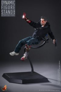 Hot_Toys_-_Dynamic_Figure_Stand_PR2