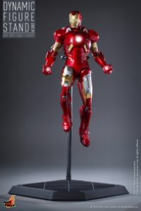 Hot_Toys_-_Dynamic_Figure_Stand_PR3