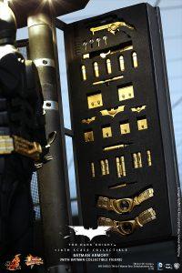 wpid-storagesdcard0DownloadHot-Toys-The-Dark-Knight-Batman-Armory-Collectible_PR10.jpg.jpg