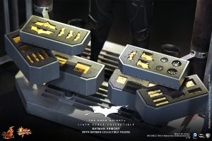wpid-storagesdcard0DownloadHot-Toys-The-Dark-Knight-Batman-Armory-Collectible_PR11.jpg.jpg