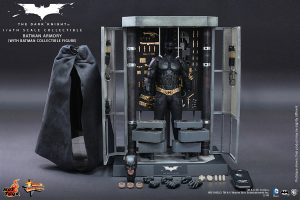 wpid-storagesdcard0DownloadHot-Toys-The-Dark-Knight-Batman-Armory-Collectible_PR14.jpg.jpg
