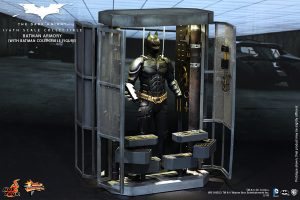 wpid-storagesdcard0DownloadHot-Toys-The-Dark-Knight-Batman-Armory-Collectible_PR2.jpg.jpg