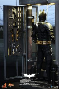 wpid-storagesdcard0DownloadHot-Toys-The-Dark-Knight-Batman-Armory-Collectible_PR6.jpg.jpg