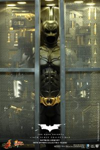 wpid-storagesdcard0DownloadHot-Toys-The-Dark-Knight-Batman-Armory-Collectible_PR7.jpg.jpg