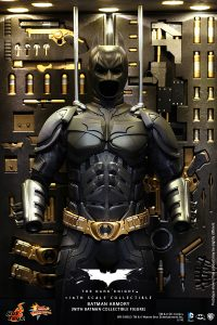 wpid-storagesdcard0DownloadHot-Toys-The-Dark-Knight-Batman-Armory-Collectible_PR8.jpg.jpg