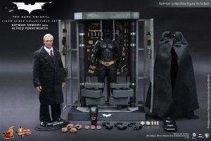 wpid-storagesdcard0DownloadHot-Toys-The-Dark-Knight-Batman-Armory-with-Alfred-Pennyworth-Collectible-Set_PR8.jpg.jpg