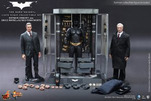 wpid-storagesdcard0DownloadHot-Toys-The-Dark-Knight-Batman-Armory-with-Bruce-Wayne-and-Alfred-Pennyworth-Collectible-Set_PR6.jpg.jpg