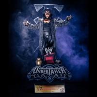 wwe_statue_Undertaker_02