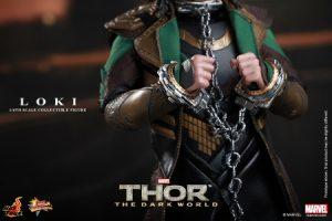 Hot_Toys_-_Thor_-_The_Dark_World_-_Loki_Collectible_Figure_PR13