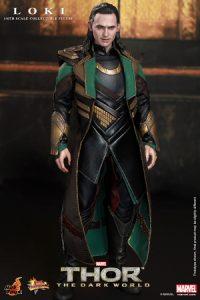 Hot_Toys_-_Thor_-_The_Dark_World_-_Loki_Collectible_Figure_PR4