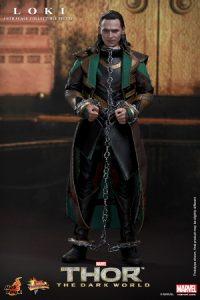 Hot_Toys_-_Thor_-_The_Dark_World_-_Loki_Collectible_Figure_PR5