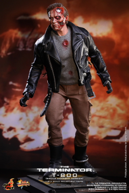 Hot_Toys_-_The_Terminator_-_T800_(Battle_Damaged_Version)_Collectible_Figure_PR1