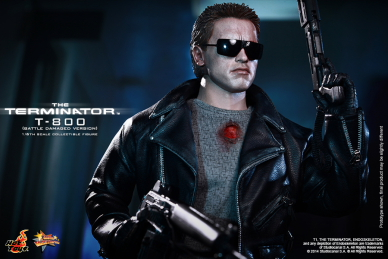 Hot_Toys_-_The_Terminator_-_T800_(Battle_Damaged_Version)_Collectible_Figure_PR10