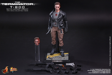 Hot_Toys_-_The_Terminator_-_T800_(Battle_Damaged_Version)_Collectible_Figure_PR15