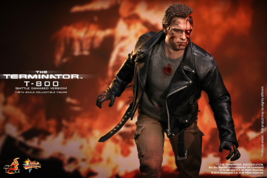 Hot_Toys_-_The_Terminator_-_T800_(Battle_Damaged_Version)_Collectible_Figure_PR4