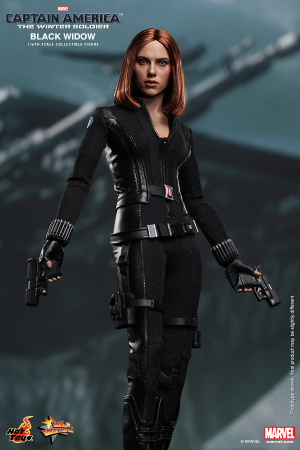Hot_Toys_-_Captain_America_-_The_Winter_Soldier_-_Black_Widow_Collectible_Figure_PR2
