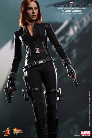 Hot_Toys_-_Captain_America_-_The_Winter_Soldier_-_Black_Widow_Collectible_Figure_PR3