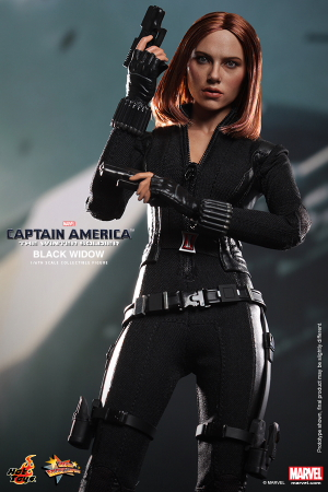 Hot_Toys_-_Captain_America_-_The_Winter_Soldier_-_Black_Widow_Collectible_Figure_PR5