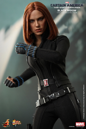 Hot_Toys_-_Captain_America_-_The_Winter_Soldier_-_Black_Widow_Collectible_Figure_PR7