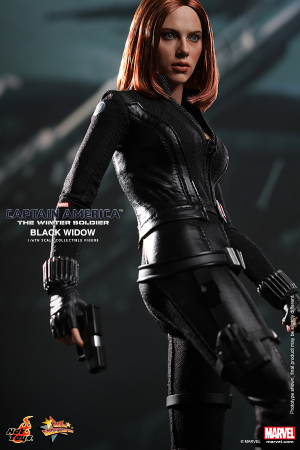 Hot_Toys_-_Captain_America_-_The_Winter_Soldier_-_Black_Widow_Collectible_Figure_PR8